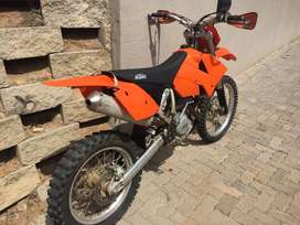 2004 KTM 250 EXC/G  R30 000 emaculate cond