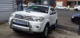 Toyota Fortuner 3.0 D4D 4X4 Leather seat spent key