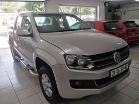 A Vw Amarok 2.0 engine up for sell in south Africa with good color.