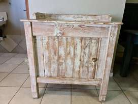 Rustic table cabinet