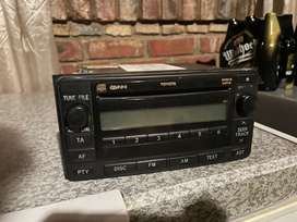 Toyota hilux d4d 2010 original radio and cd player