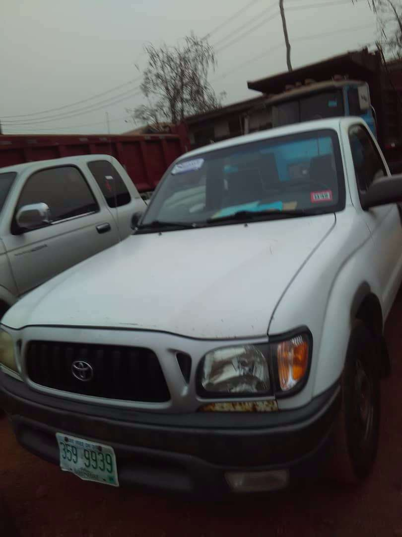 Tokunbo Toyota Tacoma 2002 Manual Gear 0