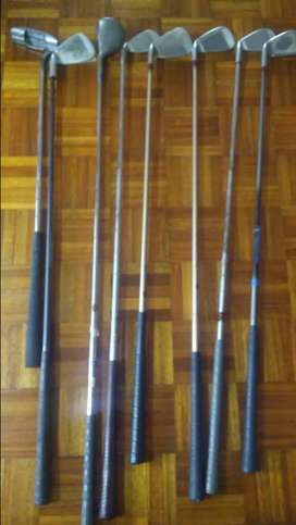 Various 2nd hand golf clubs