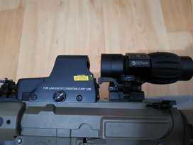Holographic sight + Scope magnifier