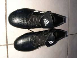 ADIDAS BLACK & WHITE RUGBY BOOTS