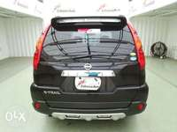 Black Nissan Xtrail with hyperroof KCP number 0