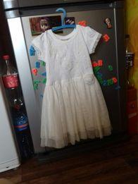 Красивое платье Next на 2 - 4 года.
