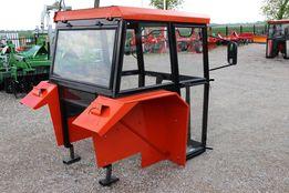 Kabina ciągnikowa do ciągnika MF 235 255 z błotnikami CE