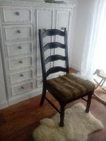 Krzesła odrestaurowane drewniane, motyw zwierzęcy - pantera , zebra