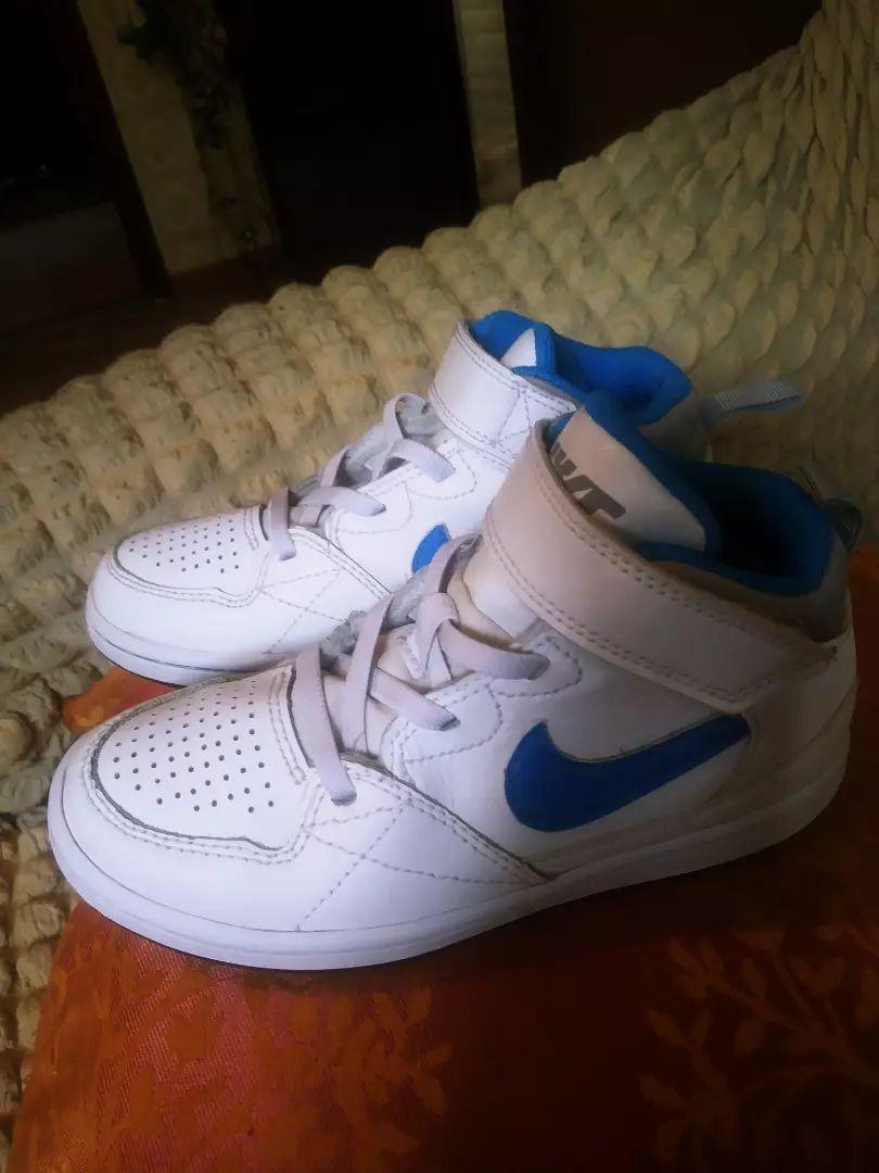 Nike tenesice br.29,5...ko nove.. 0