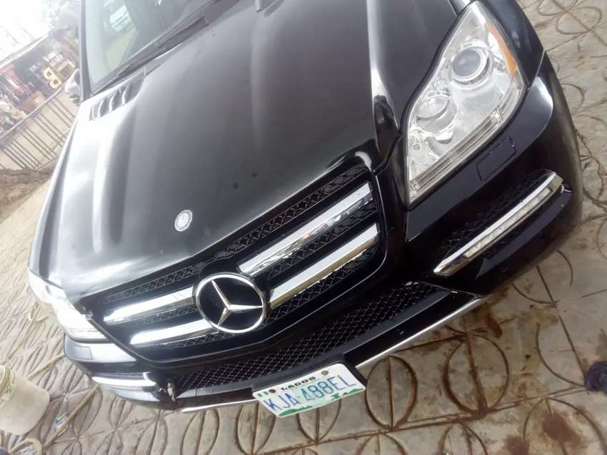 Clean Sharp 2011 Mercedes Benz Gl450 4matic 0
