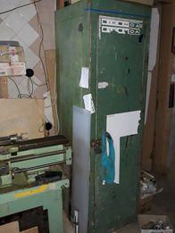 Шкаф железный