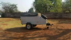 Camping trailer