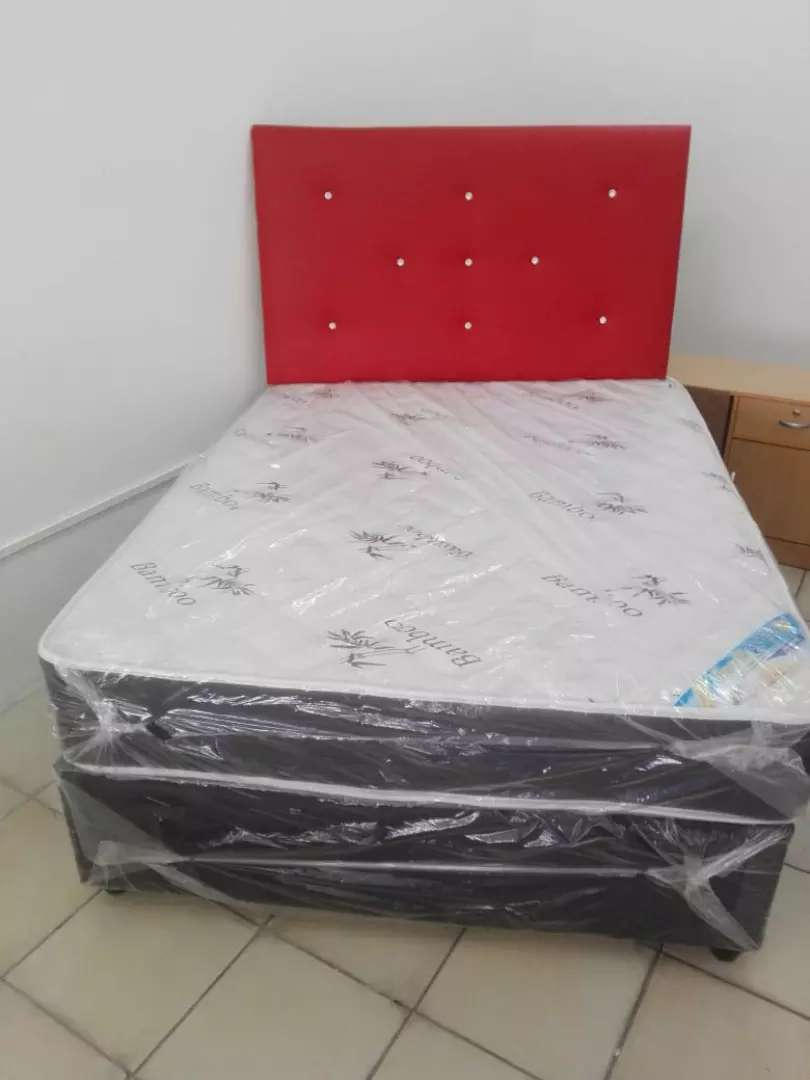 Double bamboo bed with headboard 0