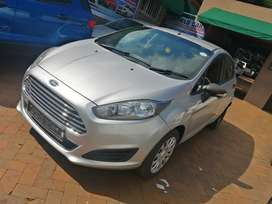 2014 silver Ford fiesta engine capacity 1.4 manual