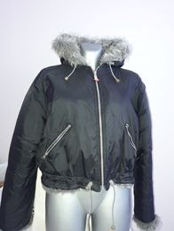 Куртка жіноча /підліткова