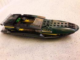 Lego motorówka