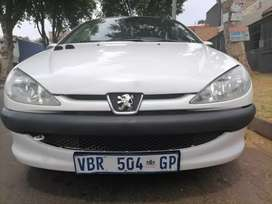 PEUGEOT 206 IN EXCELLENT CONDITION