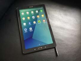 Samsung galaxy tab A6 with S pen in a perfect condition 3g and wifi