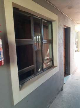 Room In Nelmafias Ex2 With Outside Shower For Sharing R1500...