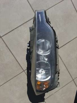 BMW F30 RIGHT SIDE HEADLIGHT COMPLETE