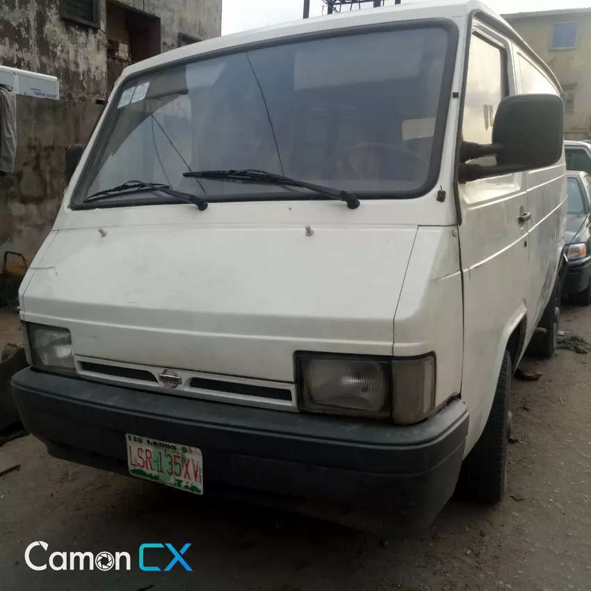Fairly used Nissan Trade bus 0