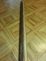 Металлическая труба от карниза