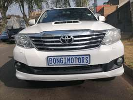 TOYOTA FORTUNER 3.0D4D IN EXCELLENT CONDITION