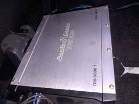 I'm selling 5000 watts monoblock amplifier it on a good condition.