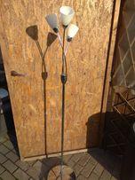 Lampa stojąca podłogowa srebrna klosze szklane