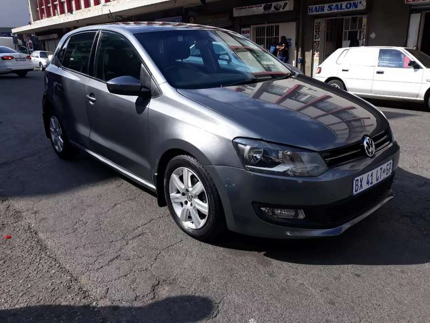 Volkswagen polo 6 hatchback grey in color 0