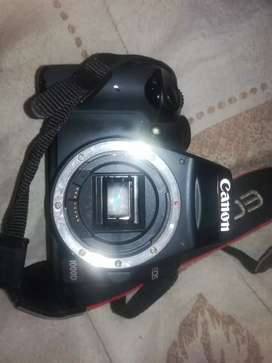 Mint condition canon eos 1000d with lens