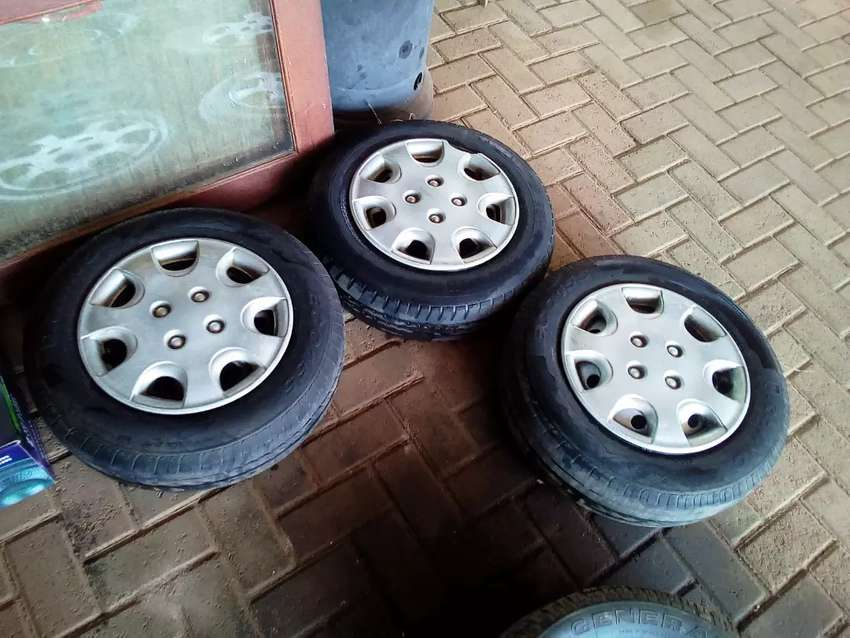 Toyota tazz wheels 0