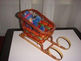Новогодняя игрушка.Сувенирные детские плетеные сани санки.Ручная работ