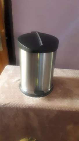 New 20lt Aloe stainless steel dustbin