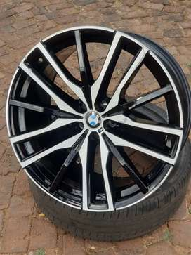 """22"""" BMW x5 (GO5) RIM 5X112   still in good condition never been fixed"""