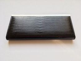 Portfel lakierowany czarny damski elegancki srebrne okucie