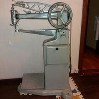 Рукавная швейная машинка MINERVA МИНЕРВА