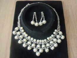 Бижутерия набор Ожерелье + серьги