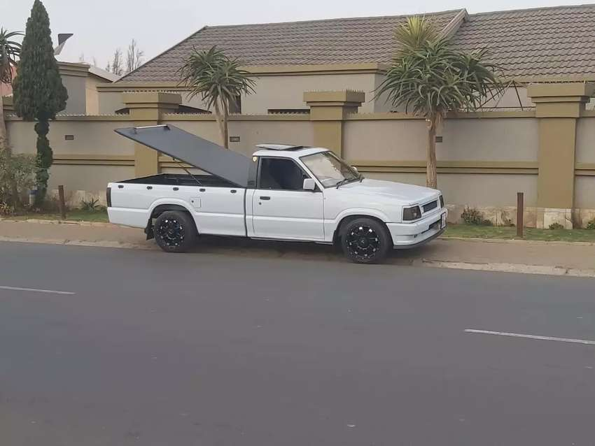 Ford courier bakkie 1996 0