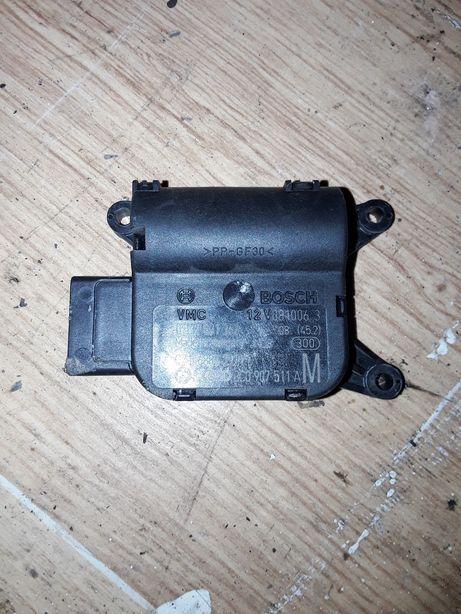 Silniczek nagrzewnicy 3C0.907.511 A VW Passat B6 kombi 2.0 TDI Subkowy - image 1