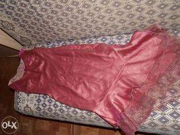 Śliczna suknia na imprezy 36