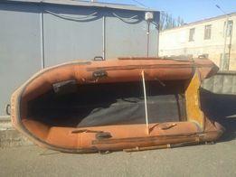 Надувная лодка Pelikan