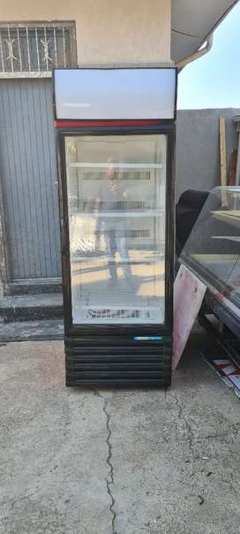 Single door displays fridge for sale