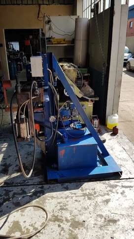 Special project hydraulic testing machine