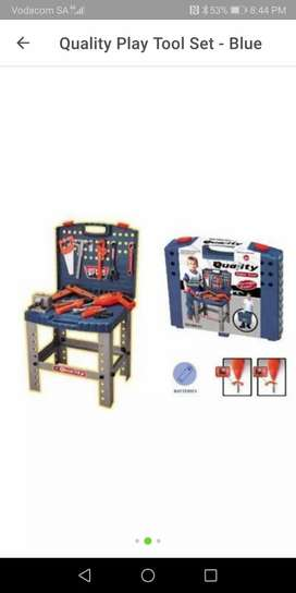 Brand new sealed in box-Tool Set-Drill operates with batteries