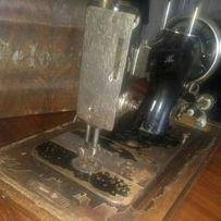 Швейная машинка Velocitas