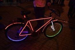 Аренда, прокат, светящегося велосипеда для рекламы и фотосесии