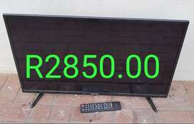 32 inch Sinotec LCD TV with remote for Sale in Port Edward