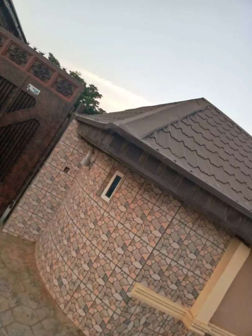 TO LET. A NEWLY BUILT FURNISHED ROOM AND PARLOUR SELF@ IGANDO, GENERAL 0